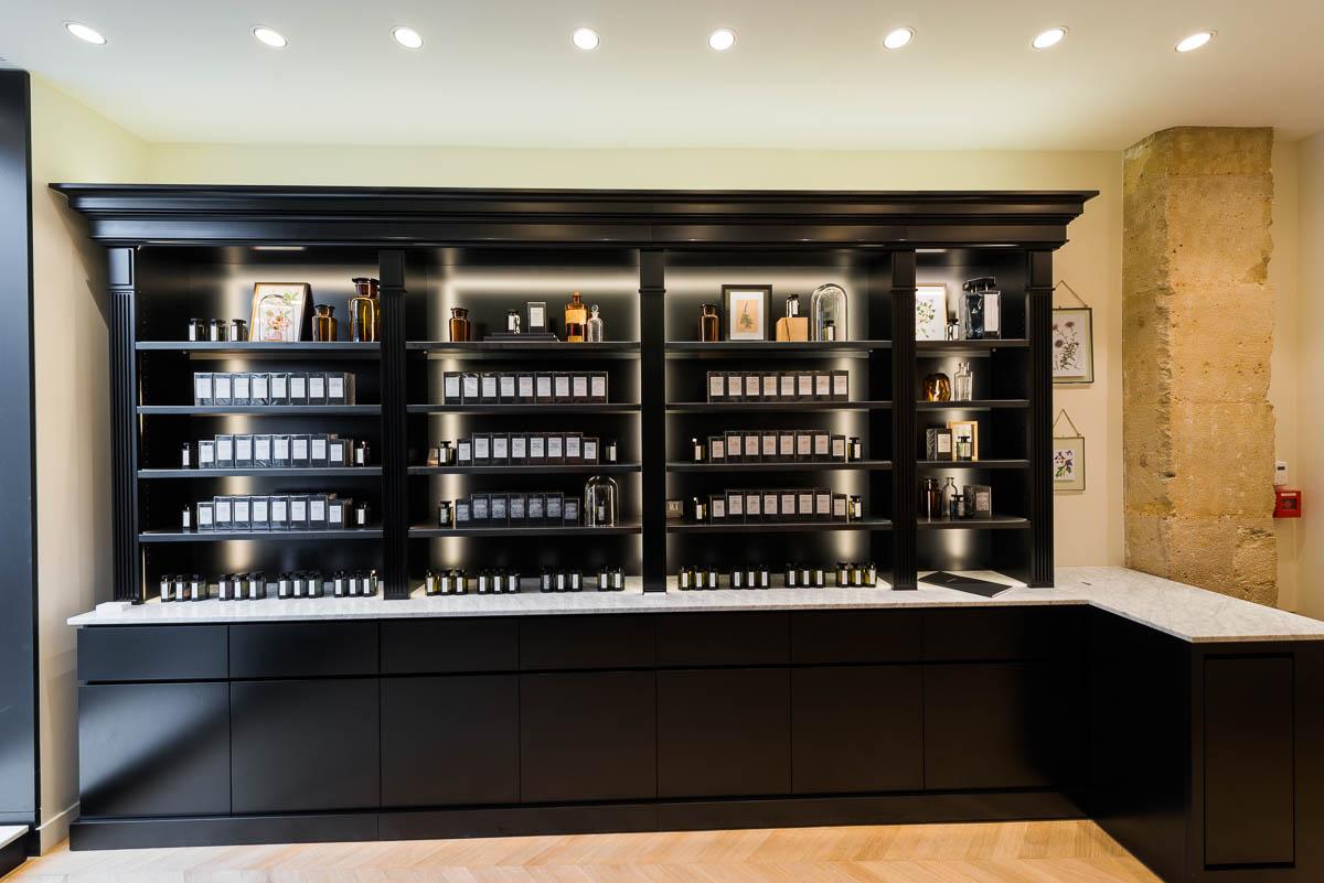 l artisan parfumeur les nouvelles boutiques ang lita m. Black Bedroom Furniture Sets. Home Design Ideas