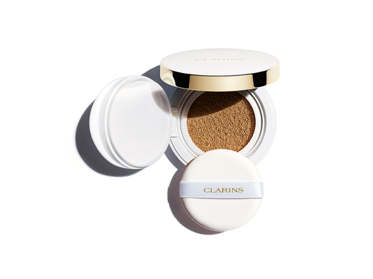 Cushion ©Clarins