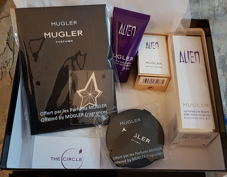Alien Box Mugler