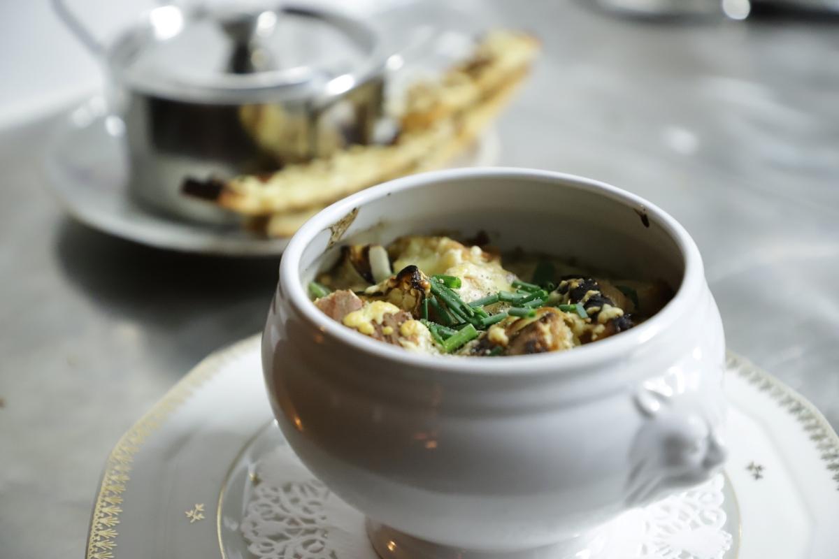 Bistrot Le Carrousel Soupe à l'oignon © Laurie Medina