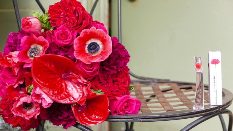 Au nom de la rose x Flower by Kenzo Poppy Bouquet